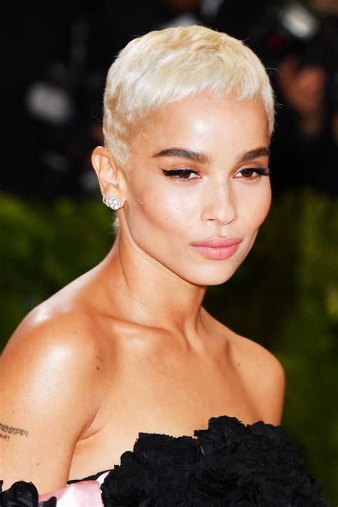 sle of short hair 44 short hairstyles to try now platinum blonde hair zoe