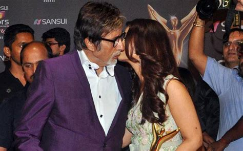Photo of the day: Bachchans at Stardust Awards, Amitabh ...