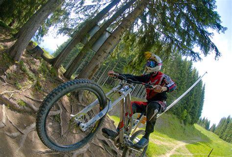 mtb le downhill mountain bike trail black trail morzine in