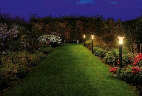 giardino illuminati giardini illuminati crea giardino illuminazione giardino