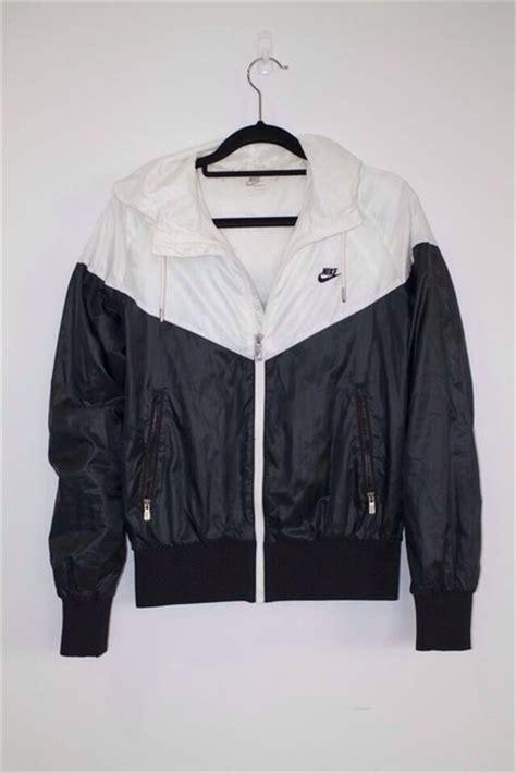 Jaket Sweater Windbreaker Hoodie Nike Pink Navy Terbaru Murah jacket nike nike air windbreaker windbreaker nike