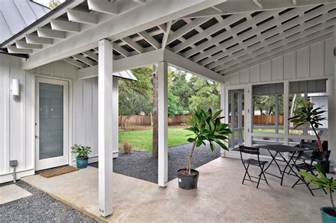 modern farmhouse porch modern farmhouse farmhouse porch austin by redbud