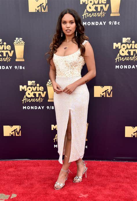 hottest celebrity 2018 mtv movie and tv awards 2018 red carpet hottest celebrity