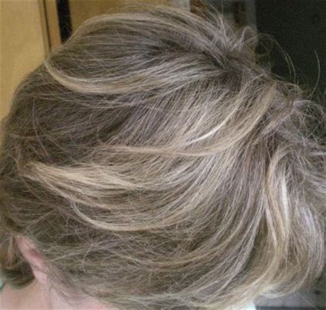 photographs of grey hair with highlights highlight grey hair google search style inspirations