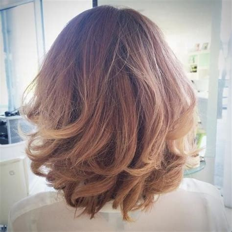 non layered curly bob 1000 ideas about wavy bob hairstyles on pinterest wavy