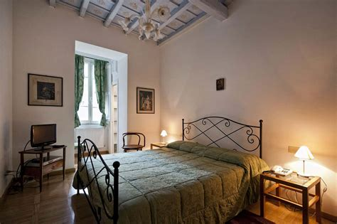 Bed And Breakfast Rome by La Scalinatella Bed And Breakfast Rome Monti