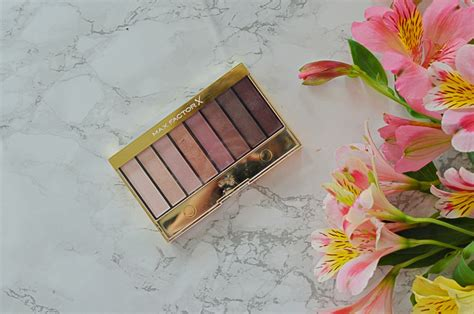 review max factor masterpiece nude palette  rose nudes