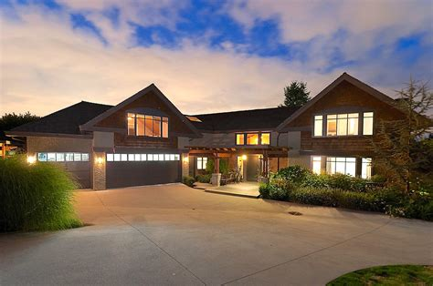 Luxury Home Builders Bc 754 Eyremount Drive West Vancouver Homes And Real Estate