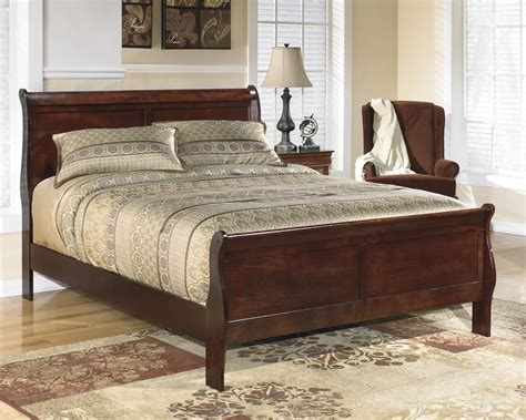 sleigh bed queen buy alisdair queen sleigh bed by signature design from www