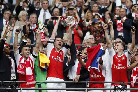 arsenal trophy proud wenger hails arsenal s spectacular fa cup victory