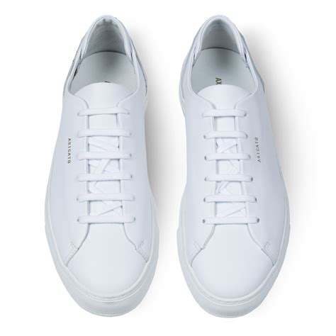 how to clean white athletic shoes how to keep white athletic shoes clean style guru