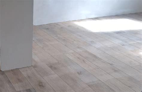 rivestimenti finto legno piastrellista vicenza posa piastrelle vicenza