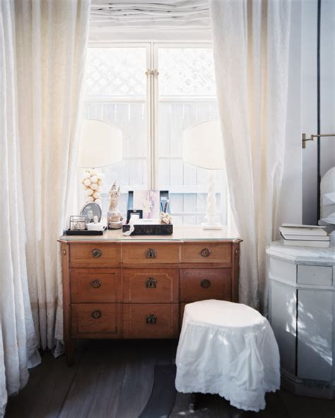 Dresser In Front Of Window by Furniture Photos 624 Of 1754 Lonny