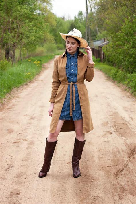 imagenes vestimenta vaquera botas vaqueras con vestido