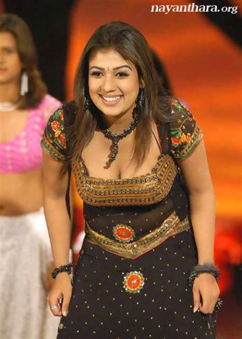 Nayanthara Wardrobe by Beautiful And Sizzling Nayanthara Photos