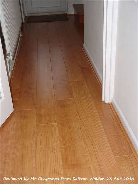 Quickstep Perspective Natural Varnished Cherry UF864