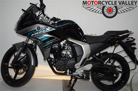 Yamaha Fazer Fi Version 2.0 feature review Motorbike