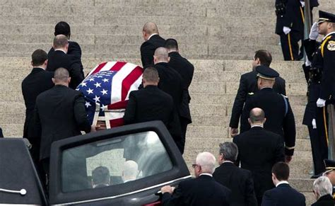 thousands at funeral for justice scalia whose