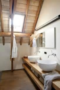 salle de bain toute de bois v 234 tue