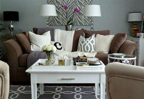 living room with brown sofa 25 best ideas about chocolate brown on