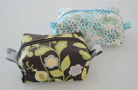 free pattern lined zippered pouch fully lined zippered box pouch pattern and tutorial it