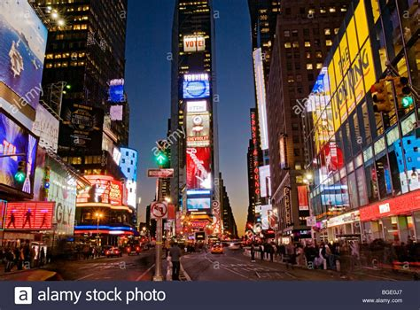 new york time square times square new york pictures to pin on pinsdaddy