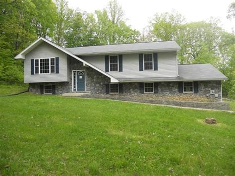 houses for sale boyertown pa 6 red bud ln boyertown pa 19512 foreclosed home information foreclosure homes