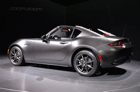 mazda miata 2017 2017 mazda mx 5 miata rf exclusive features revealed