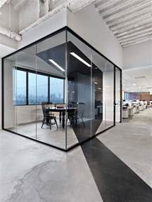 Office Space Interior Design Ideas Best 25 Modern Office Design Ideas On Modern Office Spaces Modern Offices And Open