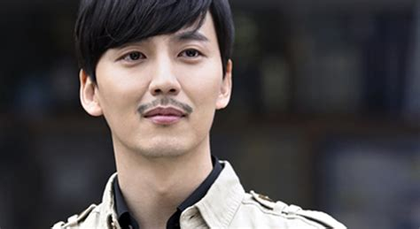 casting couch accident shark kim nam gil s sad eyes couch kimchi