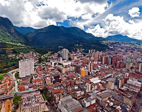 cheap flights from santiago chile to bogota