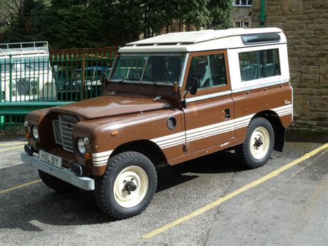 land rover brown hvl 91y 1982 series 3 county station wagon land rover