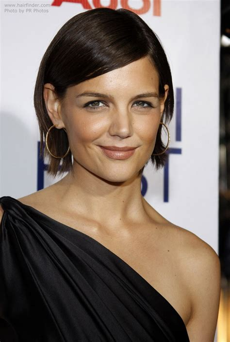 box bob tucked behind one ear photos of katie holmes new bob hairstyle