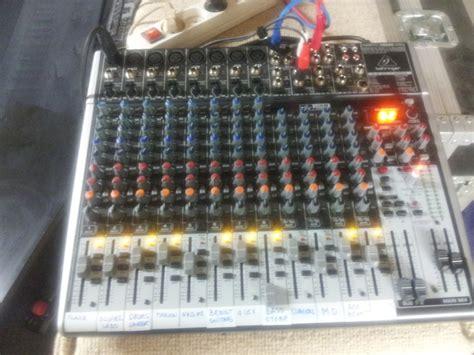 Mixer Behringer Xenyx 2222fx behringer xenyx 2222fx image 694639 audiofanzine
