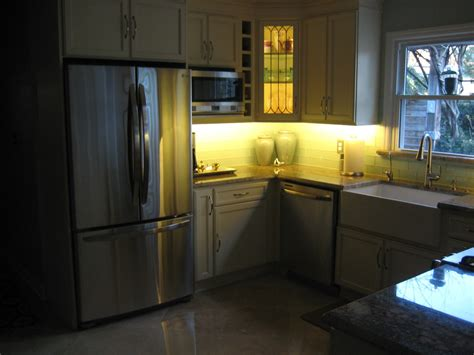 Cabinet Lights Kitchen Kitchen Dining Kitchen Decoration With Lights Accent From Cabinet Stylishoms Accent