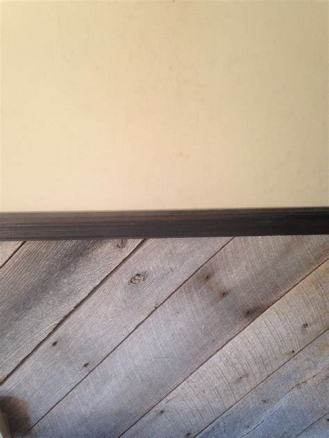 wall color to complement trim wood