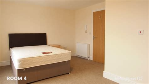 rooms 4 rent ensuite room to rent in central bristol free wifi temple meads