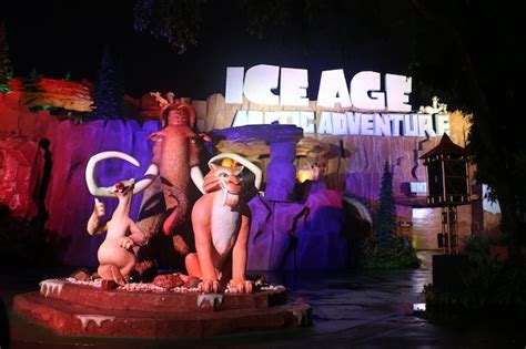 themes new film ice age comes to indonesia park world online theme