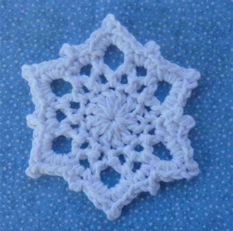 crochet snowflake pattern worsted weight yarn whiskers wool snowflake coaster free pattern
