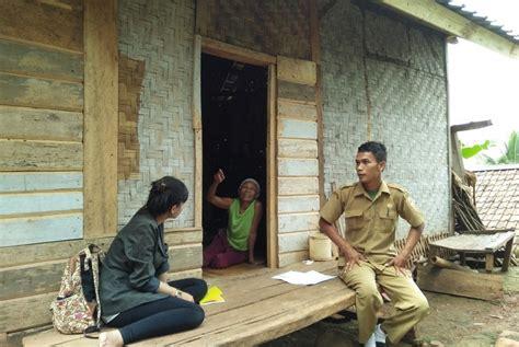 Lu Sorot Tenaga Surya cukup upload foto kamu bantu ibu ibu di banten dapatkan akses listrik republika