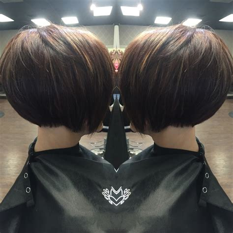 high stacked bob haircut the 25 best stacked inverted bob ideas on pinterest