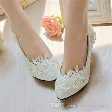 Bridal Dress Shoes by 2017 Stylish Pearls Flat Wedding Shoes For 3d Floral