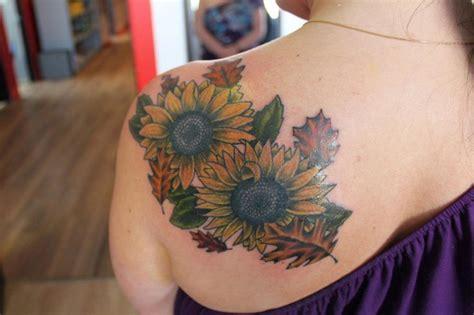 lotus tattoo fredericton the 25 best fall leaves tattoo ideas on pinterest leaf