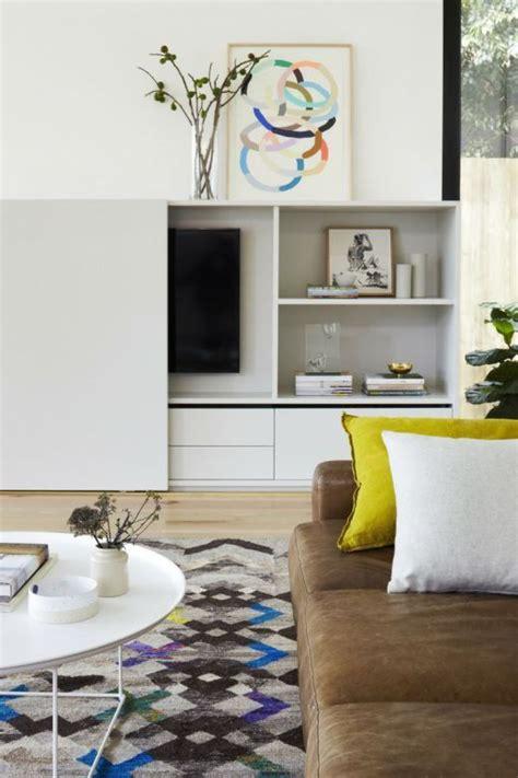 wohnungseinrichtungen wohnzimmer die besten 25 ideen zu fernseher verstecken auf