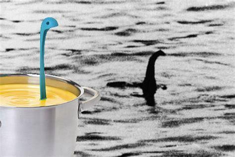 Angsa Sendok Kuah Unik Berdiri sendok kuah unik motif nesie dinosaurus berdiri auto stand