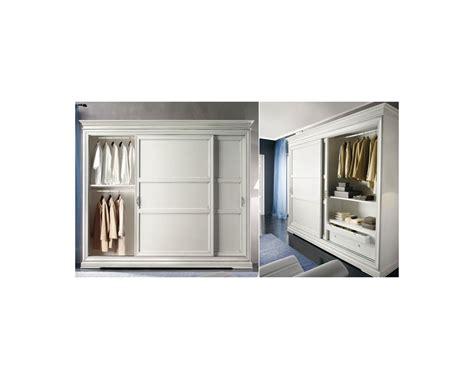 armadio ante scorrevoli bianco armadio in legno bianco ante scorrevoli l 300 p 68 h 255