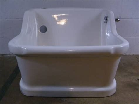 sitz bath in bathtub 1927 sitz bathtub 28 3 4 quot wide x 21 1 4 quot tall x 30 3 4
