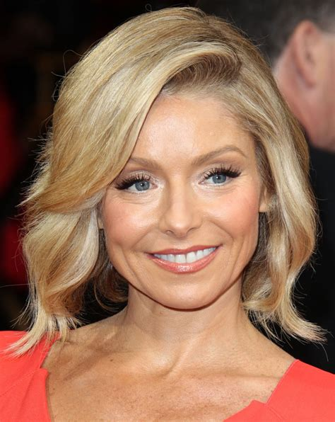 2014 pictures of kelly ripa kelly ripa at 86th annual academy awards celebzz