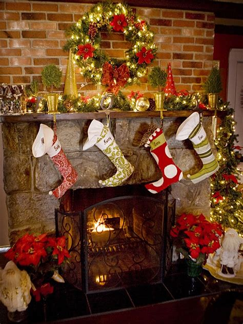 traditional christmas decorations to make 50 mantle decoration ideas