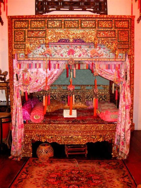 typical peranakan bed singapore lit chinois lit chinois